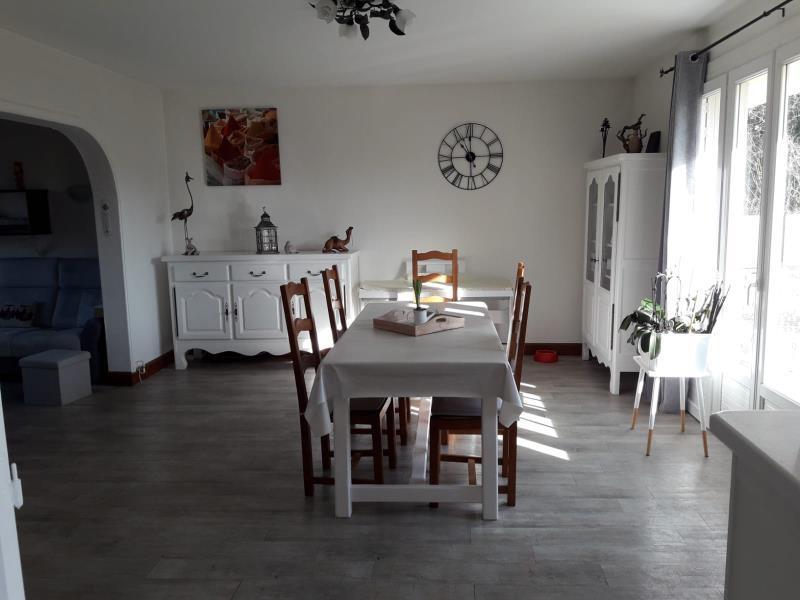 Maison à louer à GESNES LE GANDELIN
